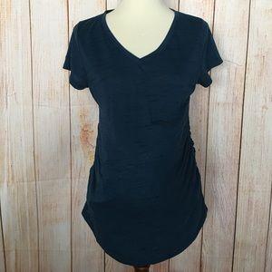 Liz Lange Maternity short sleeved V-Neck Tee S